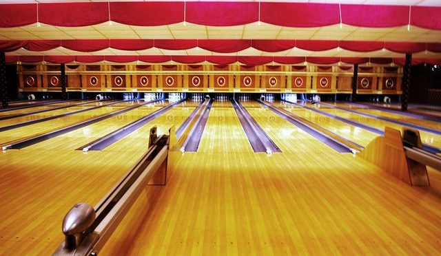 Couples Event:  Retro Bowling at Arsenal Bowl